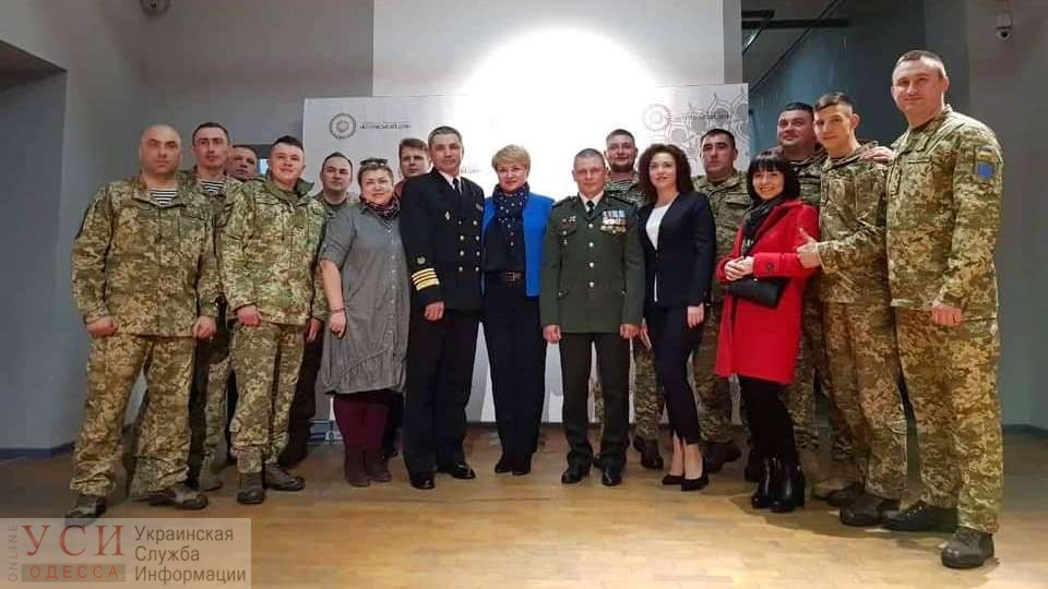В Одессе покажут премьеру документального фильма «Крым. Окруженные предательством» (видео) «фото»