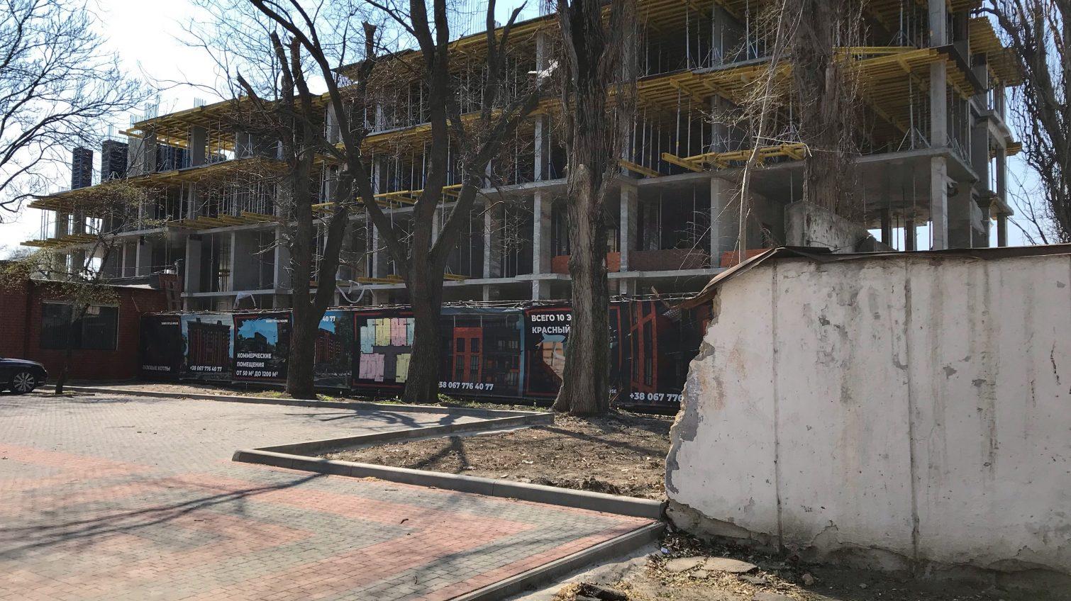 ГАСИ нашла нарушения у «Ханбера» и запретила строительные работы на Фонанской дороге (фото) «фото»