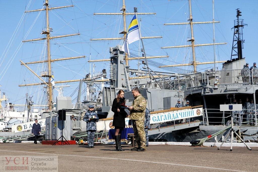 24 освобожденным из плена морякам вручили сертификаты на квартиры в Одессе - Цензор.НЕТ 6723
