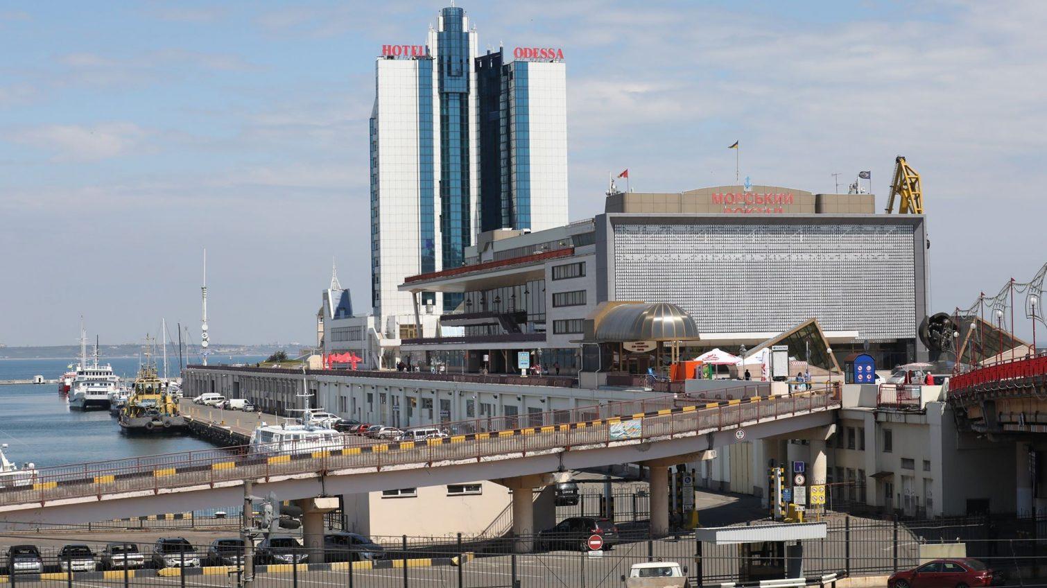 Место бедствия: печальная история отеля «Одесса» на Морвокзале (фото, видео) «фото»
