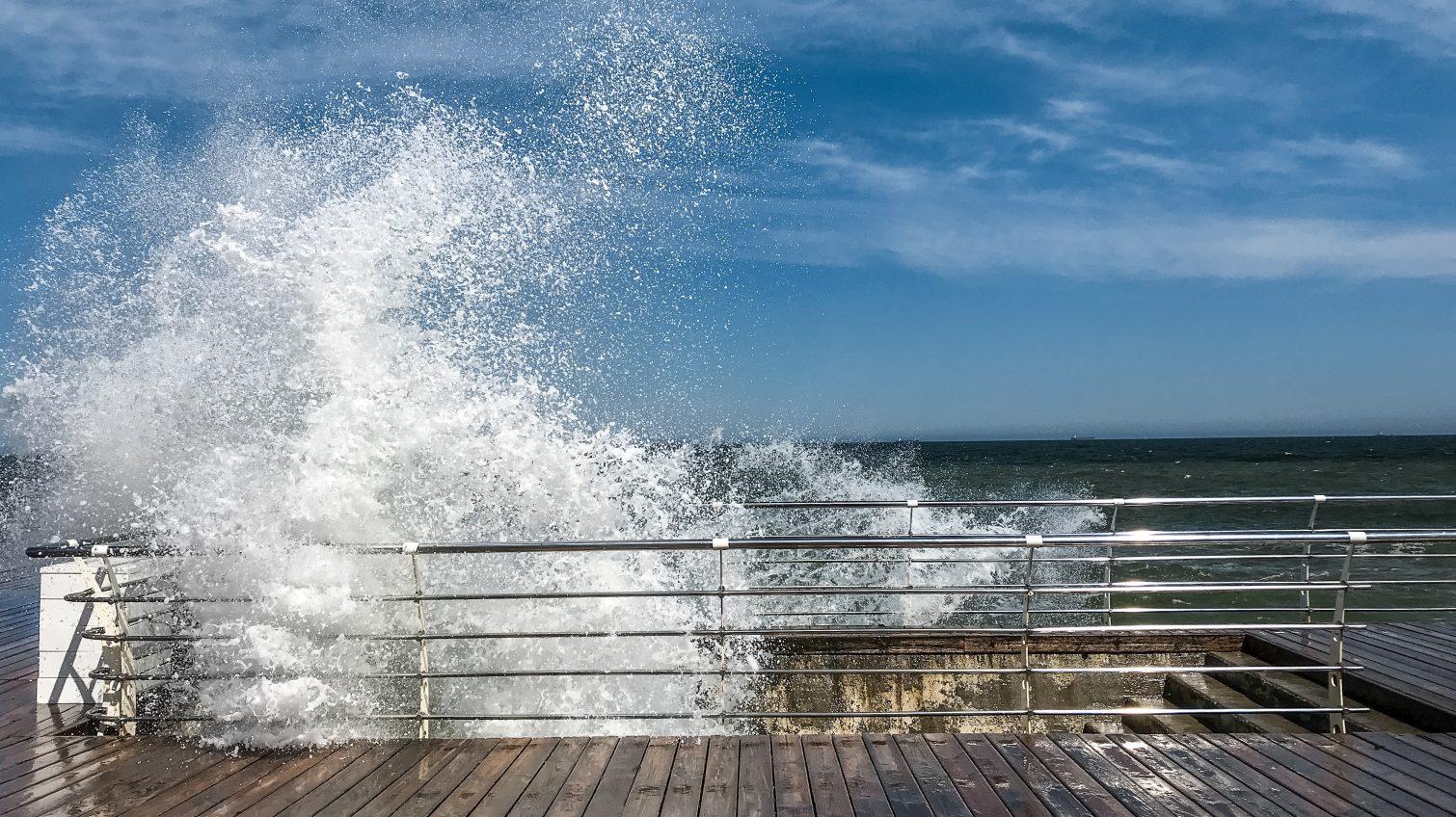 В Одессе и области штормовое предупреждение: обещают шквальный ветер «фото»