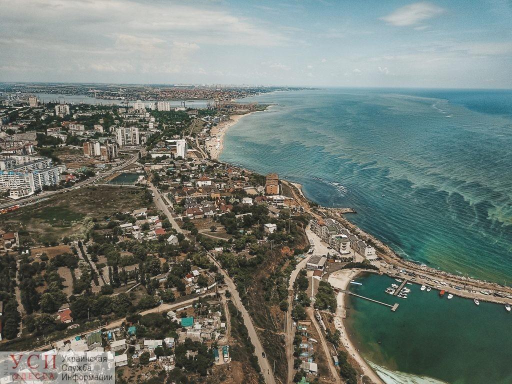 Госпродпотребслужба не рекомендует купаться на одесских пляжах «фото»