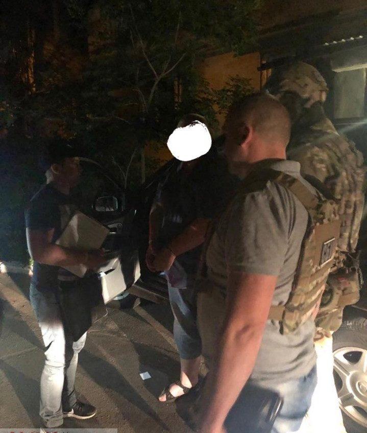 Офицера Военном-морских сил в Одессе задержали на взятке за отправку бойцов в Конго (фото) «фото»