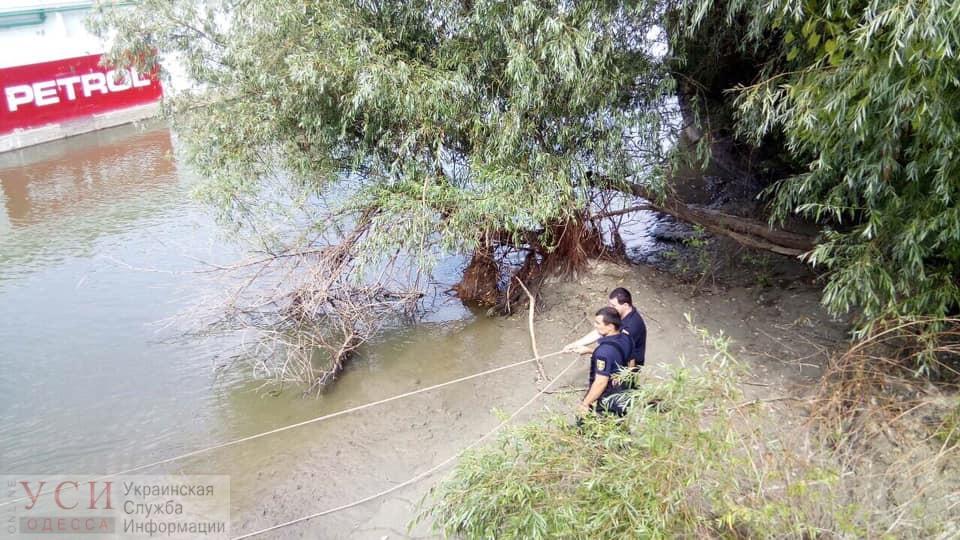 На Дунае в Измаиле в семи метрах от берега нашли труп мужчины (фото) «фото»