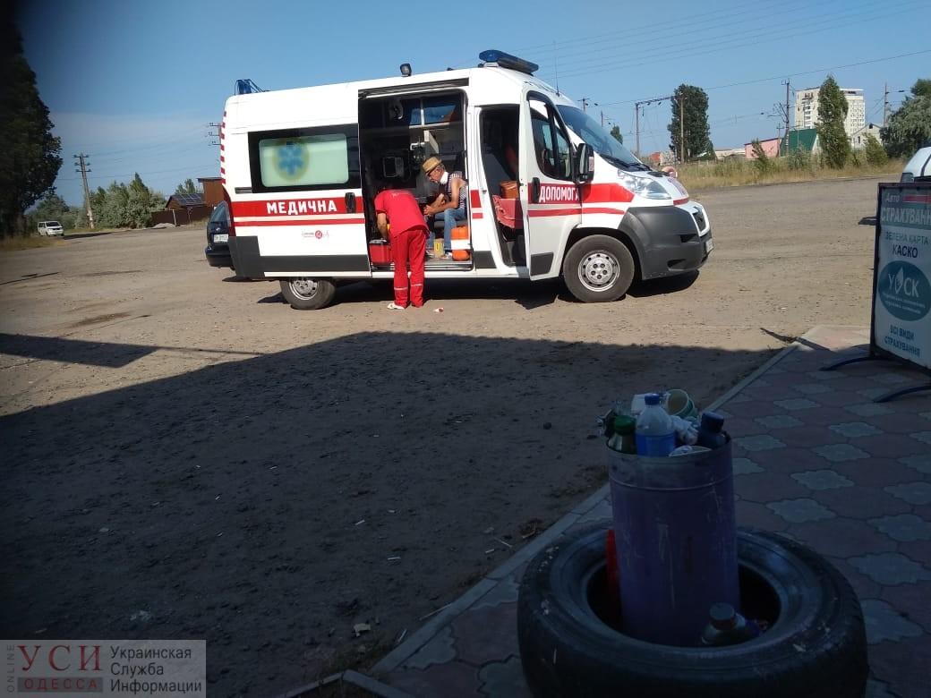 Пограничник спас мужчину с перерезанным горлом в районе Затоки (фото) «фото»