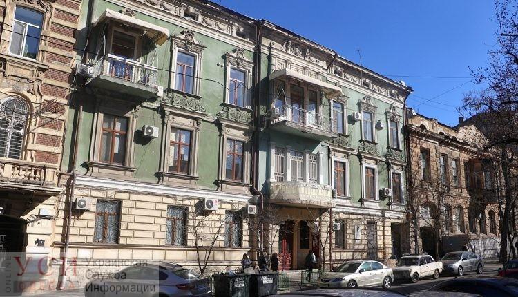 На реставрацию аварийного памятника архитектуры в центре Одессы потратят меньше, чем планировали (фото) «фото»