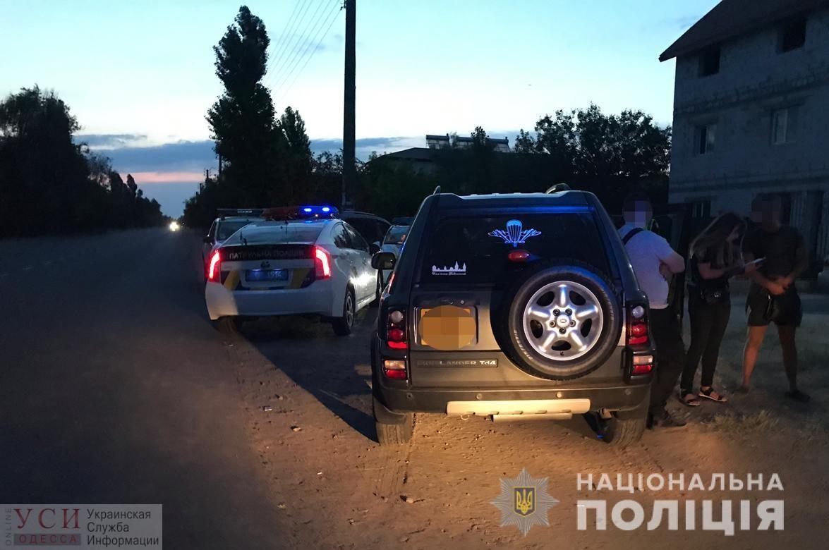 Экшн по-одесски: в Затоке пьяного и вооруженного водителя задерживали тремя экипажами «фото»