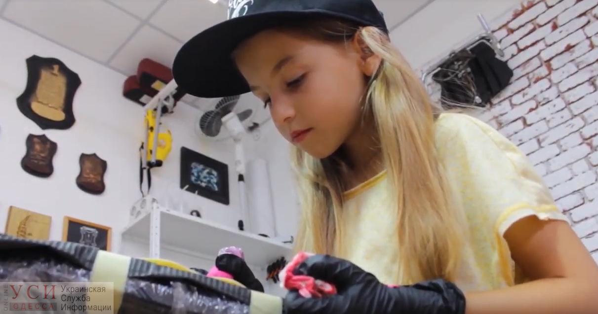 Семилетняя девочка из Одессы стала самым юным тату-мастером Украины(видео) «фото»