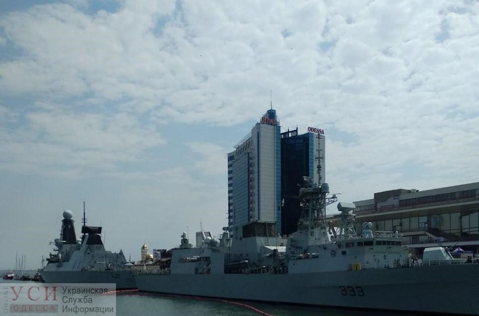 Во время военно-морских учений террористы «заминировали» Одесский морвокзал: требуют выхода кораблей НАТО (фото) «фото»