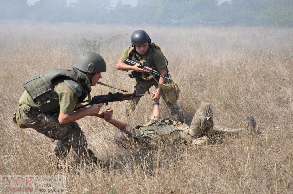 На полигоне Одесской области продолжаются тренировки военнослужащих-связистов (фото) «фото»