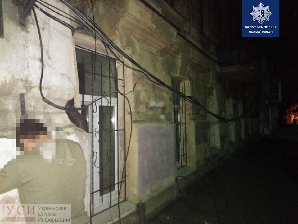 Ночные «кабельные» воры пытались украсть более 120 метров проводов (фото) «фото»