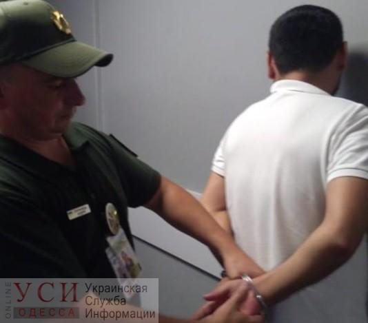 В Одесском аэропорту задержали беглеца из тюрьмы «фото»