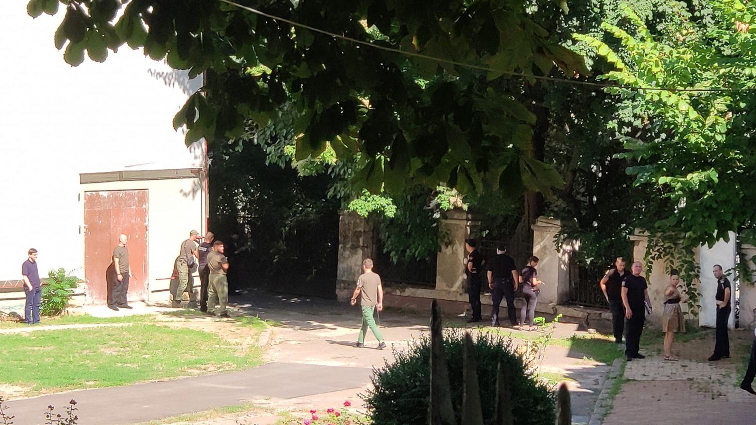 Одесский горсовет «заминировали» второй раз за день (фото) «фото»