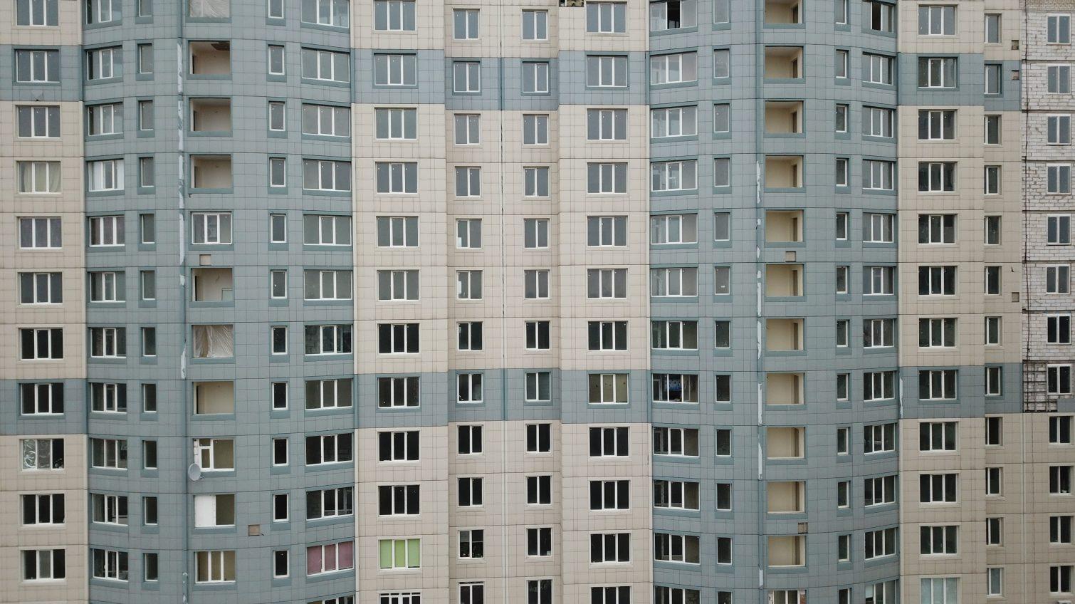 Застройщик «дома-призрака» в Черноморске отключает своих жильцов от электричества «фото»