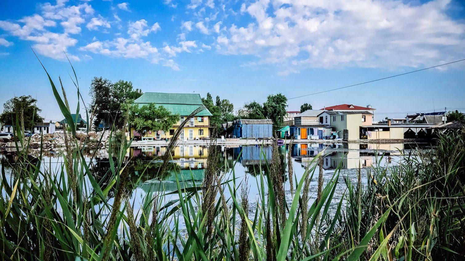 Курортная Затока в преддверии окончания туристического сезона сквозь фотообъектив (фото) «фото»