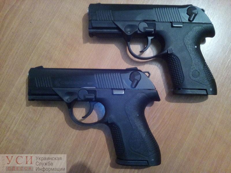 Незаконное хобби: ценитель оружия из Одессы чуть не сел в тюрьму из-за своей коллекции «фото»