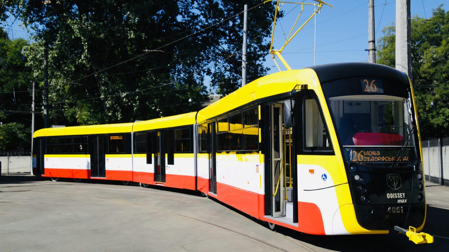 Новое детище одесских трамвайщиков — 30-метровый состав выйдет на маршрут уже в октябре (фото) «фото»