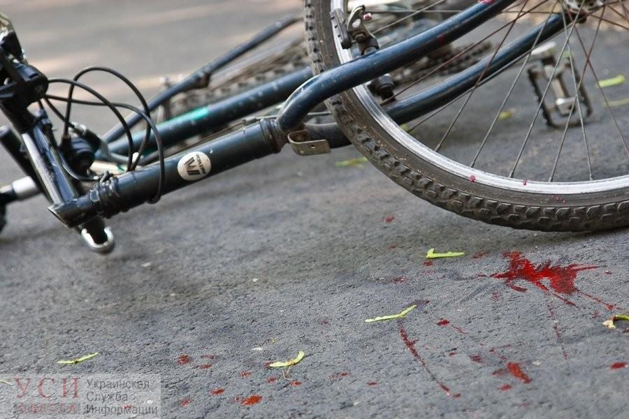 ДТП на Трассе Здоровья: бегун врезался в велосипедиста – пострадавшего с разбитой головой увезли на «скорой» (видео) «фото»