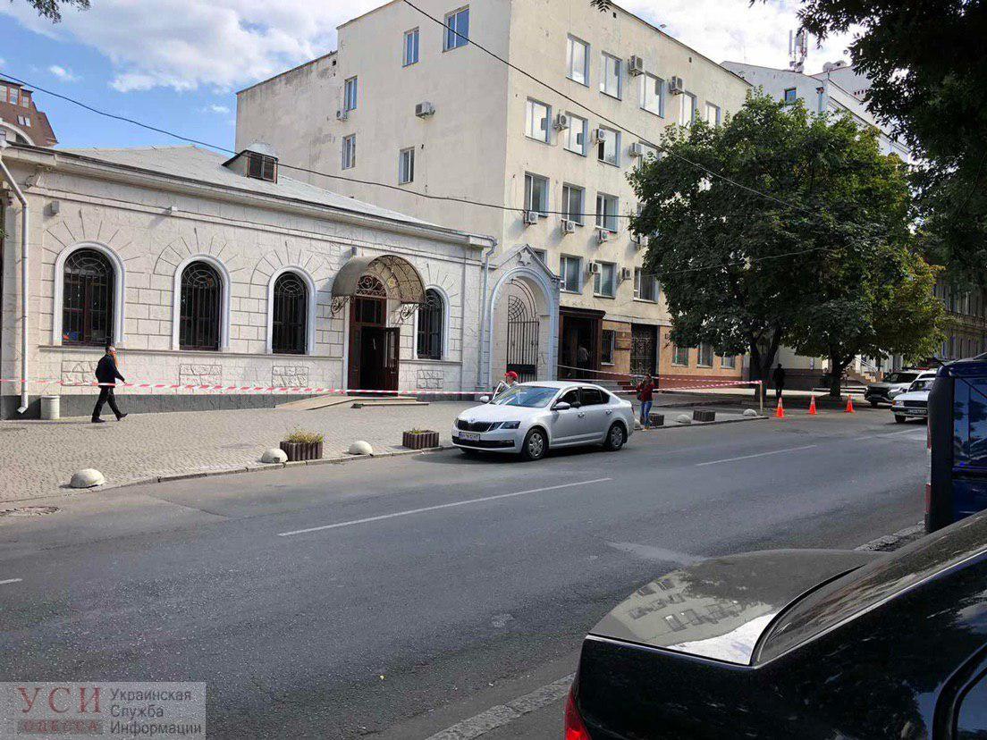 Учения СБУ: взрывотехники искали бомбу в Центральной синагоге (фото) «фото»