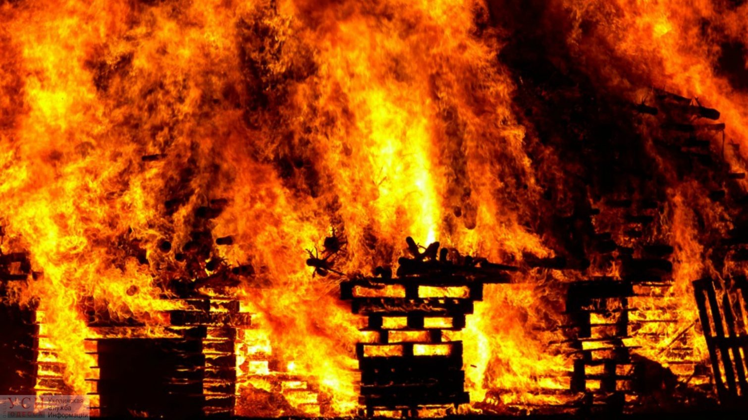 Во время пожара в частном доме погиб житель Одесской области «фото»