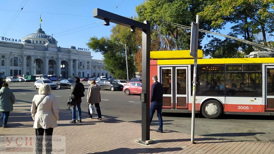 В Одессе демонтировали новое табло для троллейбусов из-за технических проблем «фото»