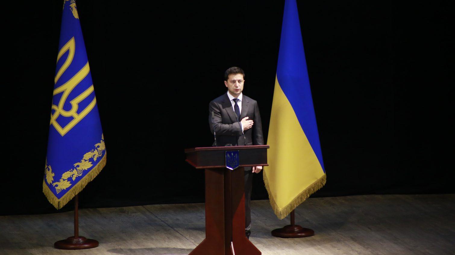 Зеленский выступает в Одесской филармонии: он представляет нового губернатора (трансляция) «фото»
