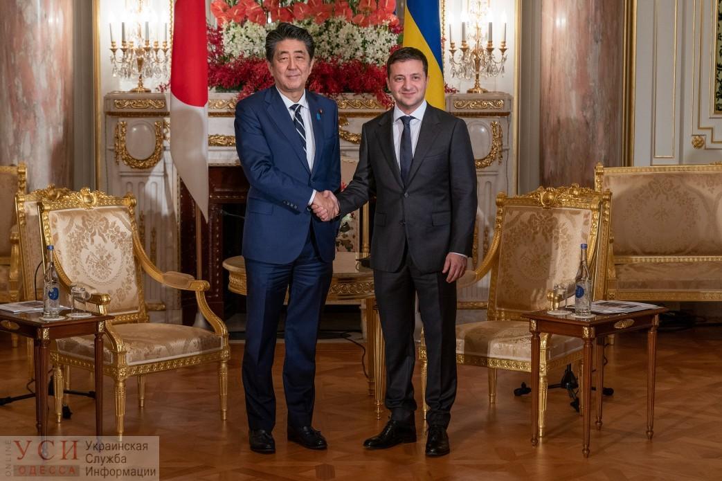 Зеленский в Японии предложил продолжить рассмотрение безвиза для украинцев «фото»