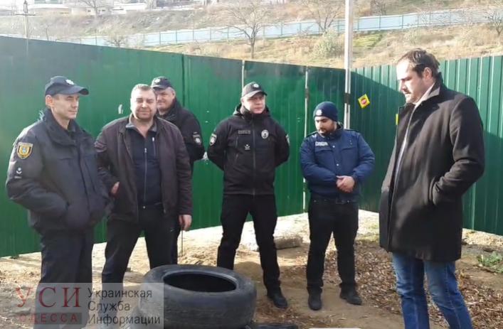 Одесситы вышли на протест против застройки склонов на Фонтане (трансляция) «фото»