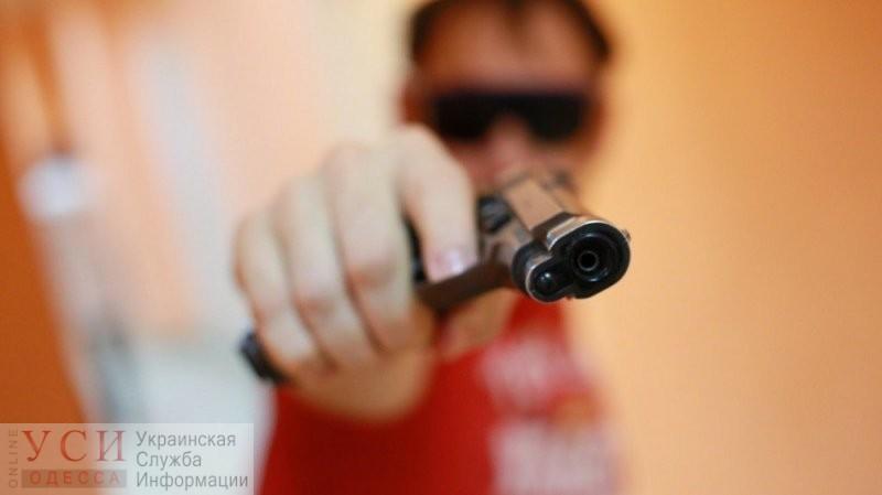 На Черемушках пьяный мужчина, угрожая игрушечным пистолетом, отобрал у ребенка велосипед и получил условный срок «фото»