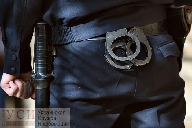 Трое полицейских из одесского райотдела незаконно арестовали и избили задержанного «фото»