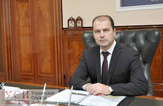 Кабмин назначил новым руководителем порта «Южный» директора Мариупольского порта «фото»