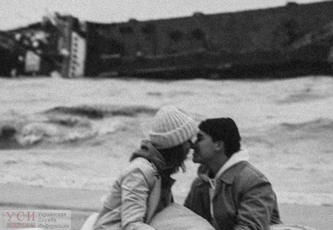 Любовь на фоне кораблекрушения: судно Delfi стало фотозоной (фото) «фото»