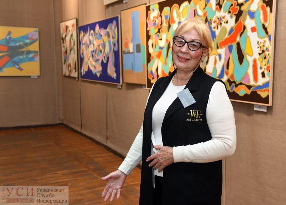 Смотрительниц одесского музея приодел модный бренд (фото) «фото»
