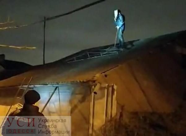Ругался и бросал камни в окна: полиция задержала одессита, который сбежал из психбольницы (фото) «фото»