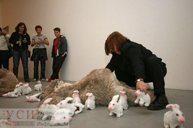 Канадская художница проведет перформанс в музее Одессы (фото) «фото»
