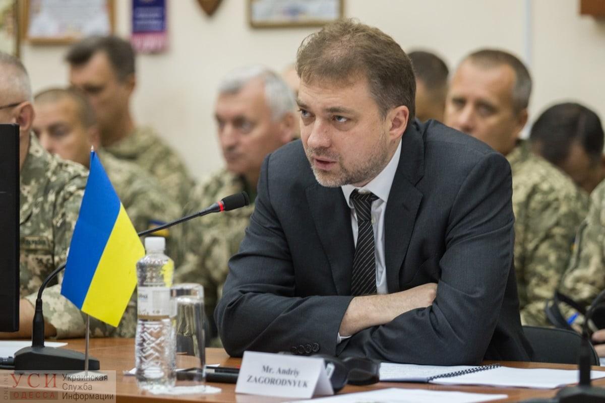 Министр обороны: «Мы движемся к отмене обязательного призыва в армию» «фото»