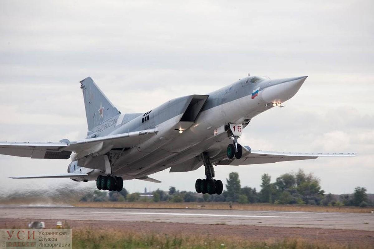 Российские военные самолеты отрабатывали бомбардировку Одессы, – командующий ВМС Украины «фото»