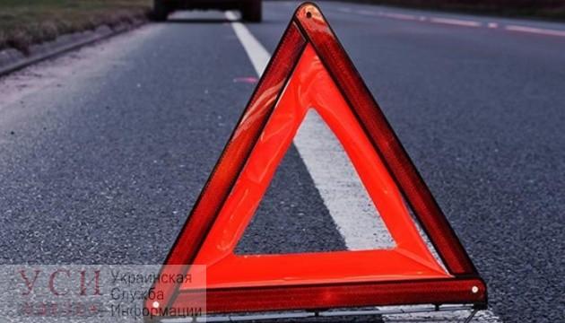 Авария на Фонтане: «скорая» вылетела с проезжей части и на ходу врезалась в дерево (фото) ОБНОВЛЕНО «фото»