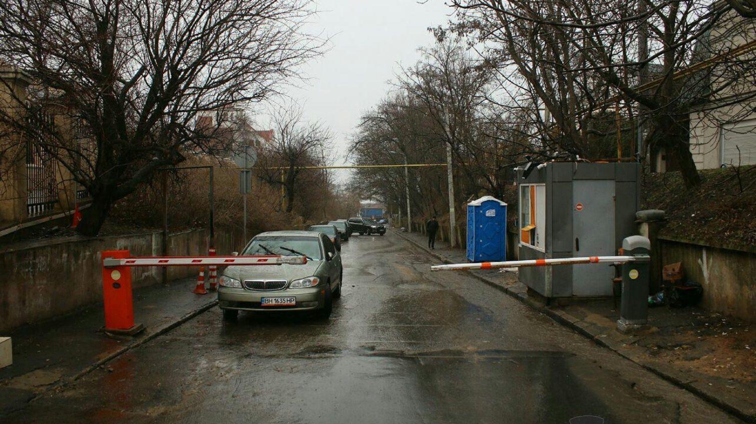 Скандальный шлагбаум в Аркадии: суд отклонил апелляцию одесского активиста «фото»