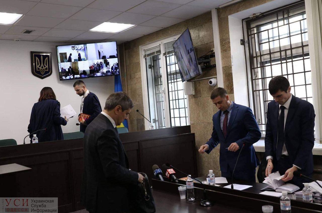 Труханов не явился на суд по обвинению в сокрытии доходов (фото) «фото»