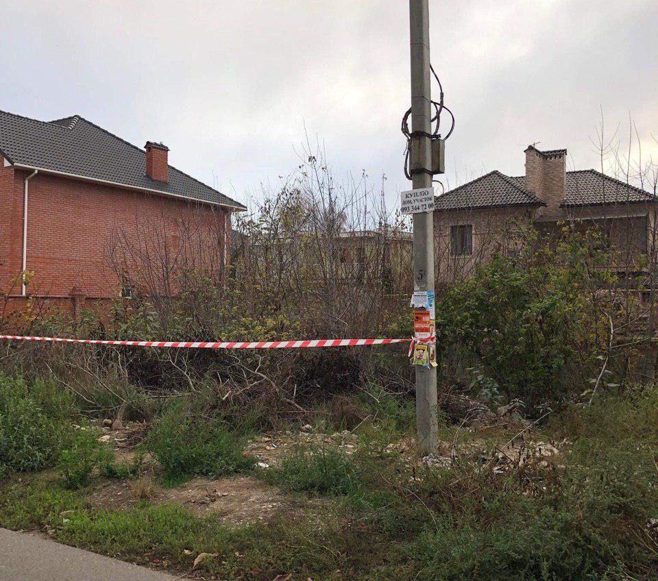 В Одессе на пустыре нашли труп молодой женщины (фото, видео) «фото»