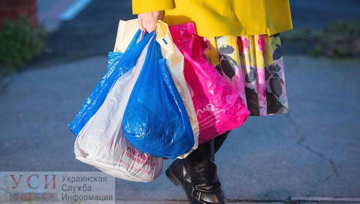 В Украине могут ограничить оборот пластиковых пакетов: как проголосовали за эко-закон нардепы из Одессы «фото»