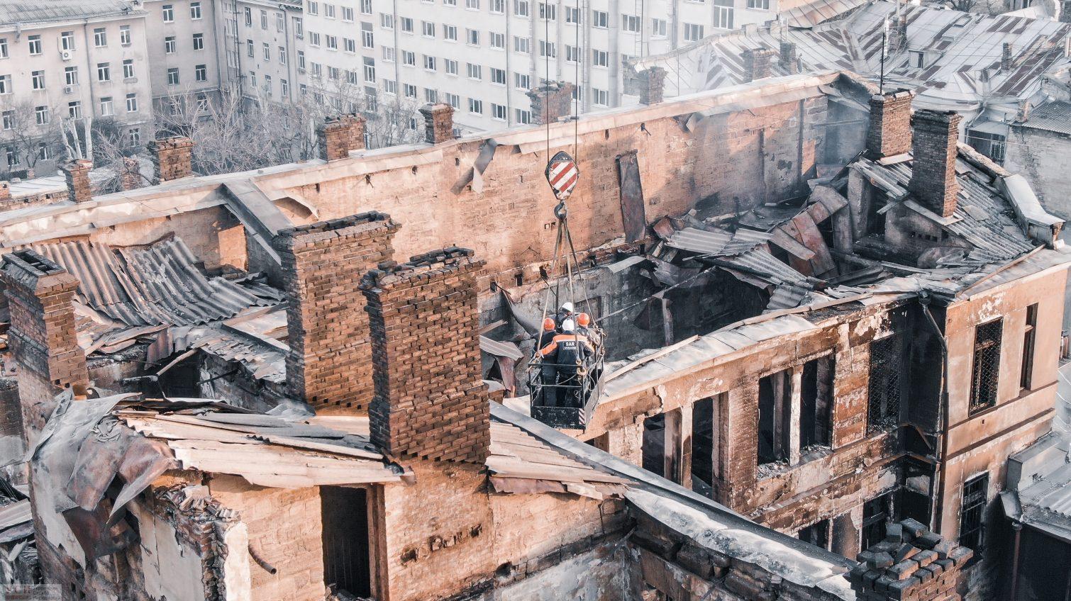 Смертельный пожар в одесском колледже: на пожарную безопасность не тратились вообще «фото»