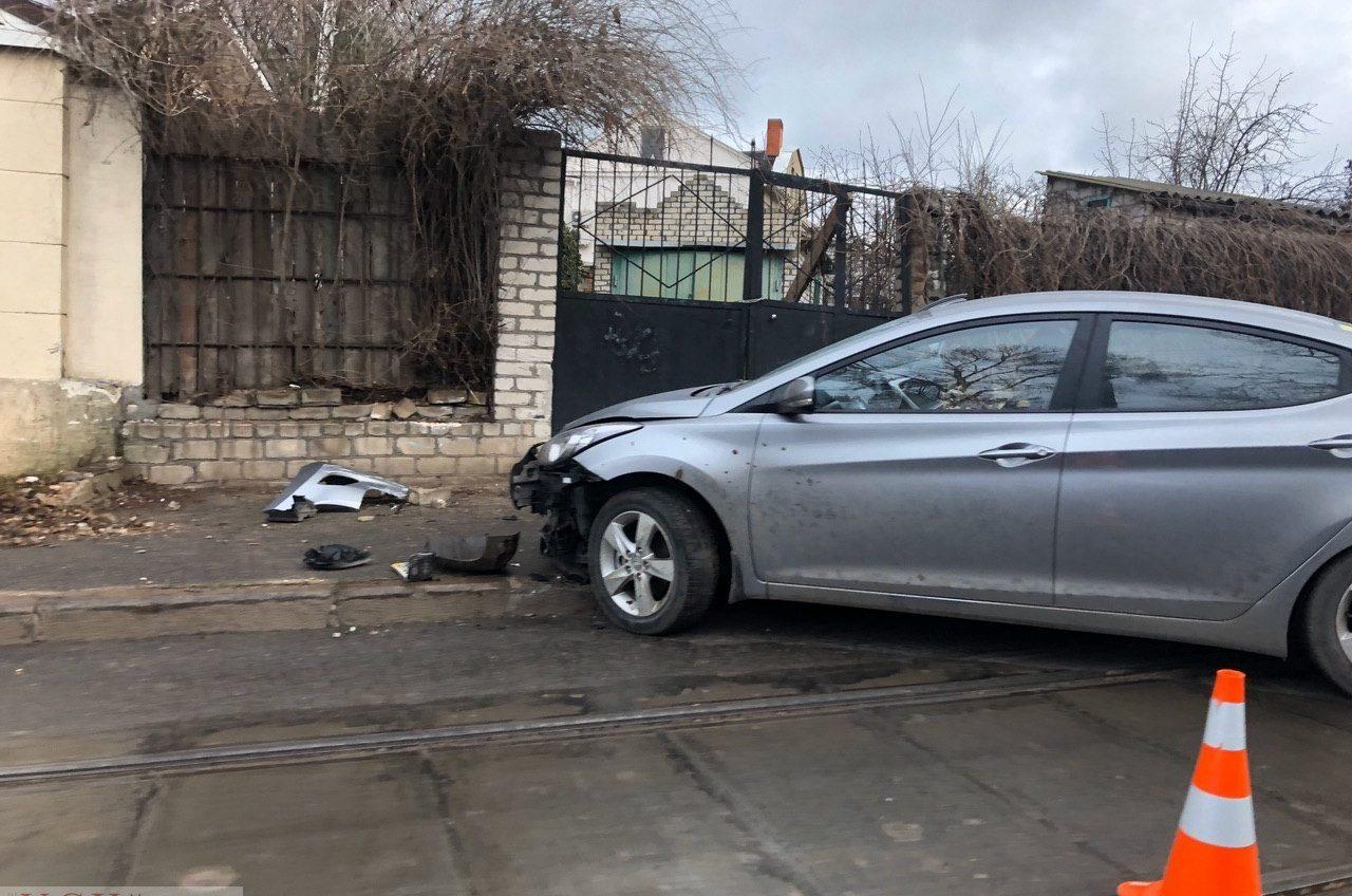 В Одессе на Фонтане произошла авария на трамвайных путях (фото) «фото»
