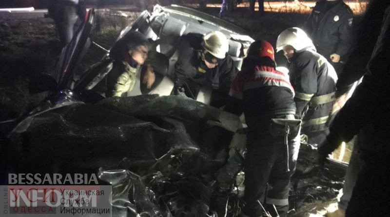 Смертельное ДТП на трассе Одесса-Рени: пешеход спровоцировал столкновение грузовика и легковушки «фото»
