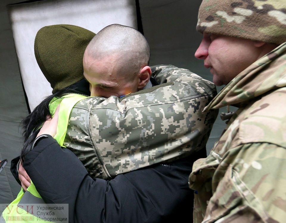 Украинские пленные возвращаются домой, а «одесские террористы» отправятся на неподконтрольные территории (фото, видеотрансляция) ОБНОВЛЕНО «фото»
