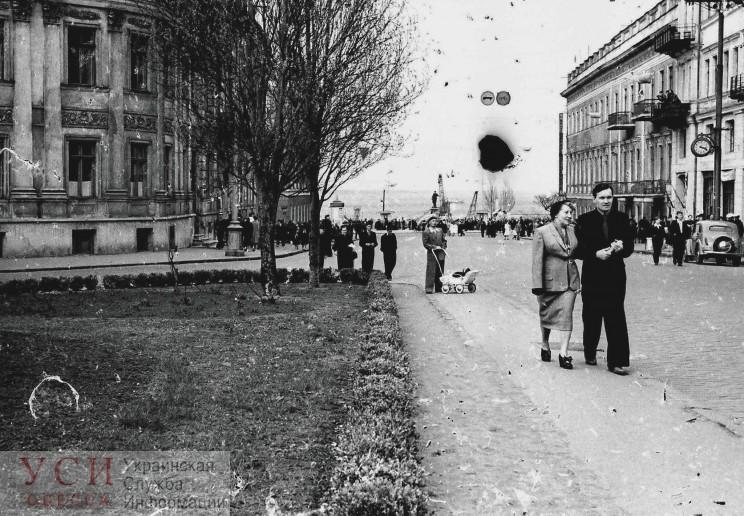 Одессит нашел на улице старую фотопленку с кадрами послевоенного города (фото) «фото»
