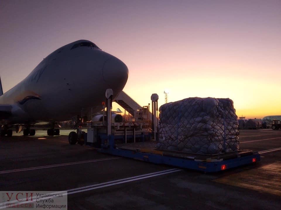 Боинг доставил в Украину миллион посылок с «черной пятницы» (фото) «фото»