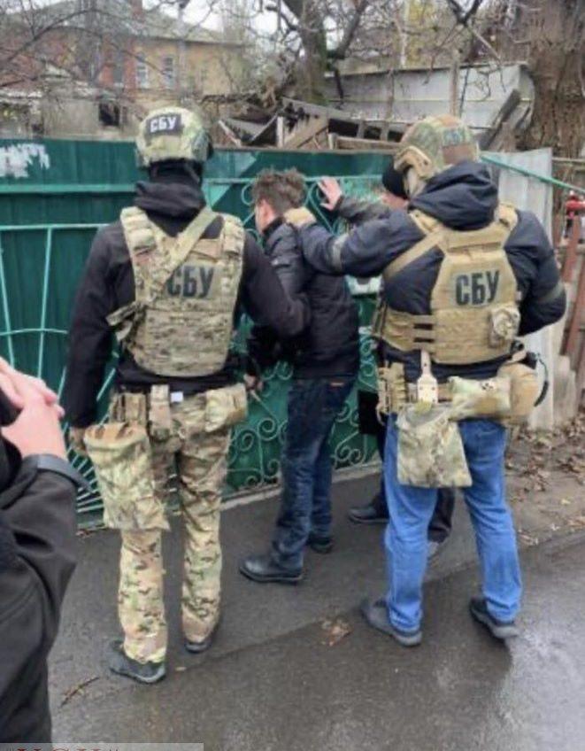 Контрразведка СБУ задержала в Одессе антиукраинского агитатора (фото) «фото»
