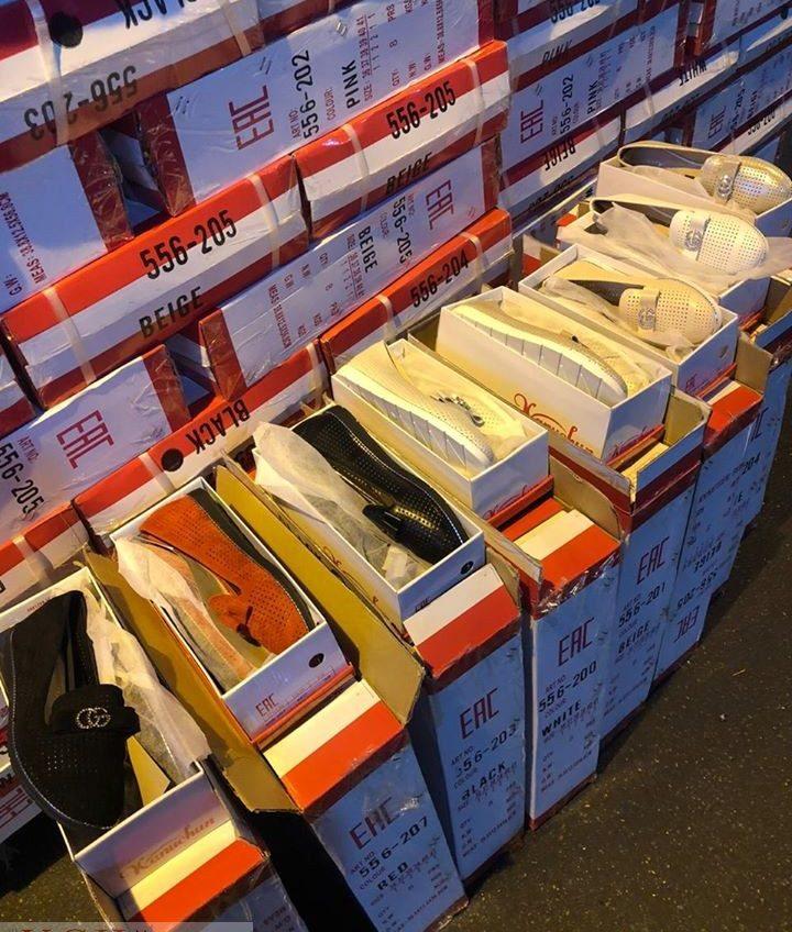 Одесские таможенники задержали большую партию поддельных туфель GUCCI (фото) «фото»